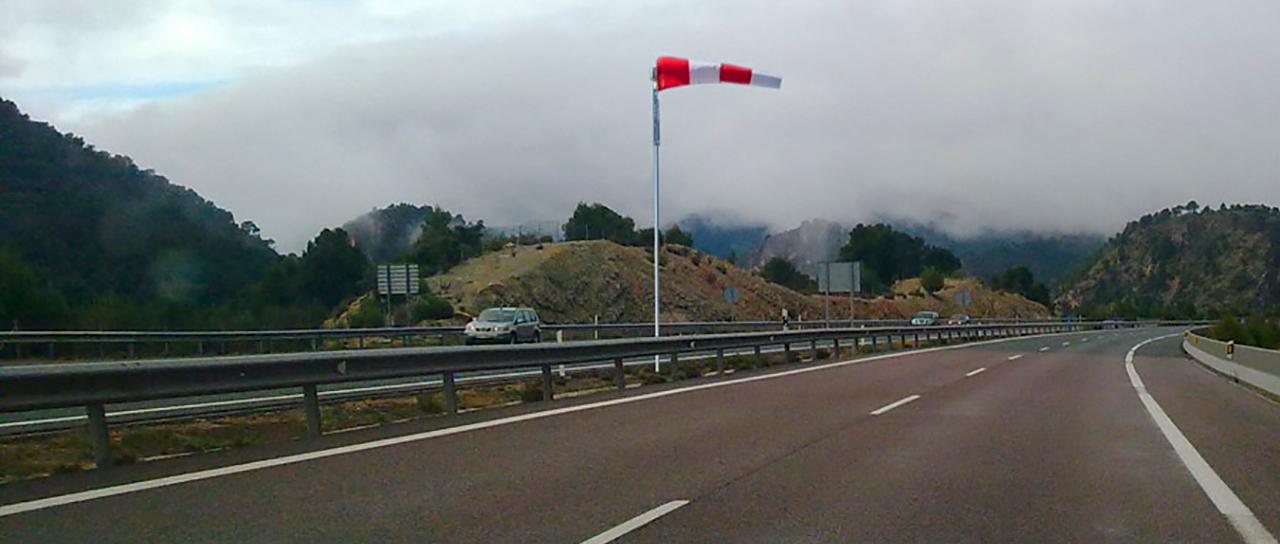 Prácticas de conducir con viento en Valencia, consejos y recomendaciones